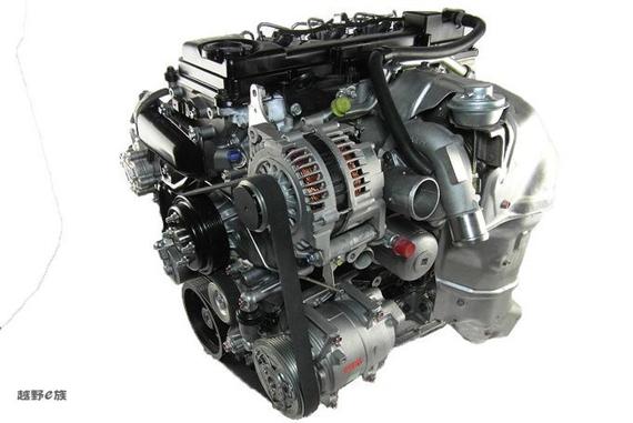 因此y61上搭载的这两款汽油发动机低扭表现极佳,也就更加适合越野!