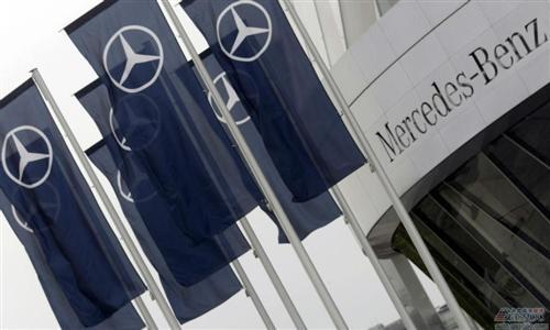 戴姆勒拟将德国奔驰经销店售予中国利星行