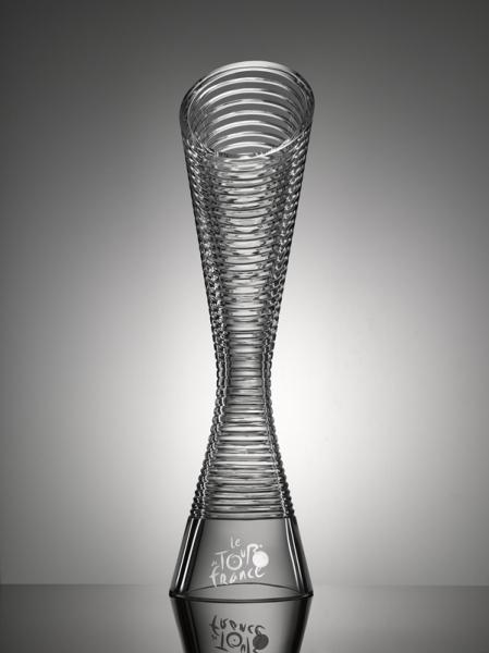 斯柯达为环法自行车赛设计水晶奖杯
